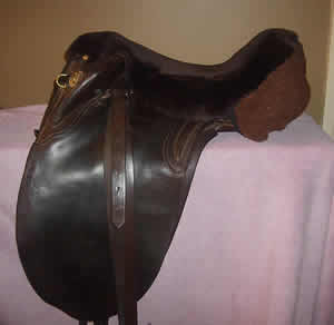 Sheepskin seatsaver in Brown for Stock/Western saddles